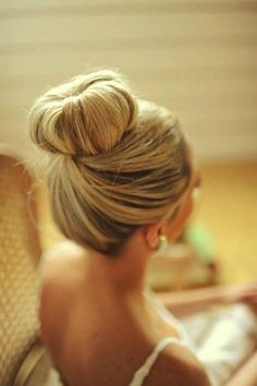 blonde, cute, donut, hair, hairstyle, style, vin, vintage