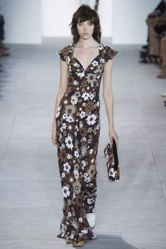 Michael Kors Collection Spring 2017 Ready-to-Wear Fashion Show - Grace Hartzel