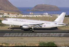 White Airways CS-TQS Airbus A320-211 aircraft picture