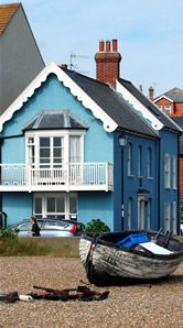 Oakley House, a stunning self-catering Aldeburgh holiday by the sea, perfect for a holiday in Suffolk