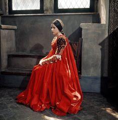 Olivia Hussey, Mode Renaissance, Costume Renaissance, Italian Renaissance, Renaissance Dresses, Jessica Rabbit, Romeo And Juliet Costumes, Zeffirelli Romeo And Juliet, Romeo Und Julia