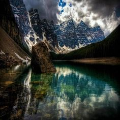 Moraine lake, Banff National Park,Canada