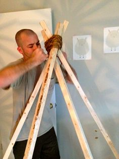 Trendy Sewing Projects For Kids Boys Teepee Tutorial No Sew Teepee, Boys Teepee, Diy Kids Teepee, Childrens Teepee, Kids Tents, Diy Tipi, Diy Teepee Tent, Teepee Party, Sewing Projects For Kids