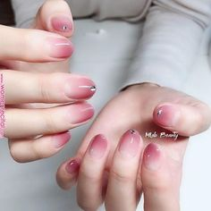 Make an original manicure for Valentine's Day - My Nails Pink Nail Art, Pink Nails, My Nails, Stylish Nails, Trendy Nails, Cute Nails, Korean Nail Art, Korean Nails, Nail Art Halloween