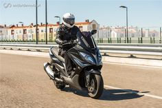 Kymco Xciting 400 - Excitante e Divertida - Test drives - Andar de Moto