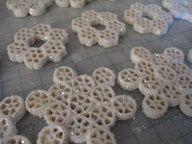 Copos de nieve (o flores) de fideos