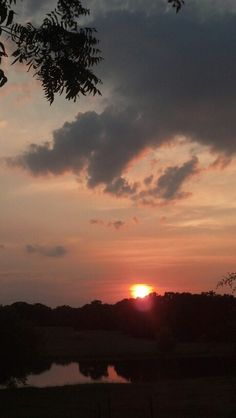 There's nothing more beautiful than a #Texas summer sunset.