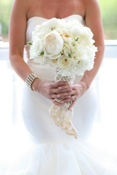 All white bouquet: http://www.stylemepretty.com/south-carolina-weddings/charleston/2015/03/26/from-say-yes-to-the-dress-to-an-elegant-wedding-at-lowndes-grove/ | Photography: Jennifer Bearden - http://jenniferbearden.com/