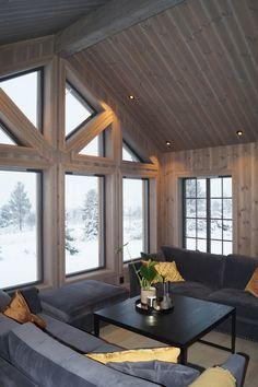 Blue Couches, Nordic Interior, Cabin Interiors, Log Homes, Winter Time, Winter Cabin, Sofa, Windows, Patio