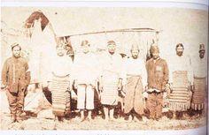 Prisioneiros paraguaios do General Flores. Os uruguaios incorporavam ao seu exército prisioneiros paraguaios em seu poder. S/a., s/d - Guerra do Paraguai