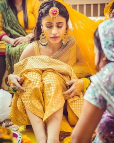 30 Best Haldi Ceremony Photos From Indian Weddings! Bridal Outfits, Bridal Dresses, Indian Dresses, Indian Outfits, Function Dresses, Mehndi Outfit, Sangeet Outfit, Haldi Ceremony, Wedding Rituals