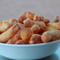 Low Carb Cheetos    3 egg whites  1/8 tsp cream of tartar  3 egg yolks  3 ounces cream cheese, softened  Flavored popcorn seasoning    Per entire recipe: Calories: 511, Carbohydrates: 3.4 g, Fiber: 0 g, Net Carbohydrates: 3.4 g, Protein: 25.3 g, Fat: 44.5