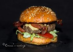 Burger me! American Burgers, Hamburger, Beef, Chicken, Ethnic Recipes, Food, Meat, Meal, Essen