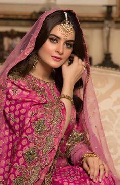 Pakistani Makeup, Pakistani Girl, Pakistani Dress Design, Pakistani Actress, Pakistani Models, Pakistani Dramas, Pakistani Wedding Outfits, Pakistani Wedding Dresses, Formal Dresses For Weddings