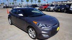 2014 Hyundai Veloster -- 2014 Hyundai Veloster 25971 Miles Gray 3dr Car 4 Cylinder Engine 1.6L 6-Speed A