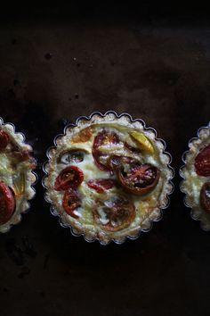 Mini Heirloom Tomato Tartlets with a Parmesan Crust // via The Flourishing Foodie