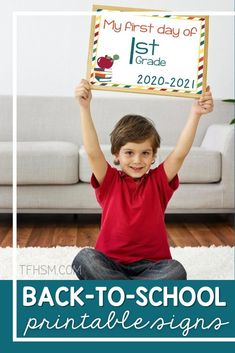 These printable prop signs for homeschool back-to-school photos will be a great memento for years to come! Download them today! #freehomeschoolprintables #homeschoolforfree #backtoschool #backtohomeschool #homeschooling K 1, School Photos, Mom Blogs, Frugal, Homeschooling, Free Printables, Back To School, Kindergarten, Posts