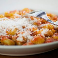 Gnocchi de potiron - Magicmaman.com Macaroni And Cheese, Veggies, Menu, Pasta, Ethnic Recipes, Food, Cake, Vegetarische Rezepte, Cooking Recipes