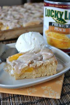 Peach Pie Bars- easy no crust bars for your next #dessert #luckyleafluckyme www.shugarysweets.com