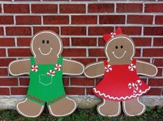Gingerbread Door Hanger Christmas Door by SassyFrasDoorHangers, $45.00 by Rainbow36