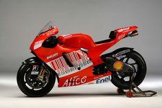 Motorcycle Dirt Bike, Racing Motorcycles, Motogp, Ducati Desmosedici Rr, Hot Bikes, Comic Character, Diecast, Pilot, Honda