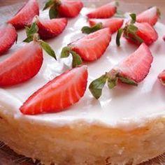 Cheesecake à la rhubarbe et à la crème