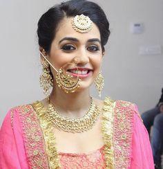 Indian Gold Jewelry Near Me Indian Bridal Lehenga, Pakistani Bridal Wear, Bridal Accessories, Bridal Jewelry, Gold Jewelry, Jewlery, Nose Jewels, Punjabi Traditional Jewellery, Punjabi Bride