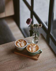 hari ini ke JI expo acara we the fest. hard work pays off . Coffee Barista, Coffee Cozy, I Love Coffee, Coffee Art, Coffee Break, Best Coffee, Coffee Drinks, Coffee Time, Morning Coffee