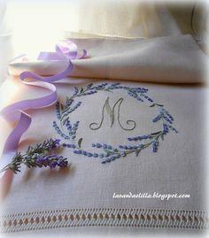Asciugamano con Iniziale e Lavanda - Lavanda e Lillà