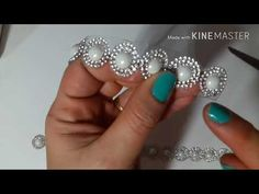 pearl and seed bead bracelet and earrings Tutorial Colar, Necklace Tutorial, Beading Patterns Free, Beading Tutorials, Handmade Beads, Handmade Jewelry, Jewelry Crafts, Beaded Jewelry Designs, Seed Bead Bracelets