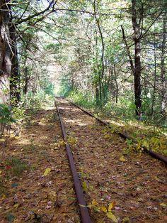 Abandoned by Littlerailroader, via Flickr