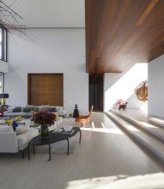 decoracao-casa-moderna-com-pe-direito-duplo-fernanda-marques-4