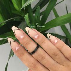 Matte Nails Nude manicure