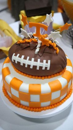 University of Tennessee Vols checkerboard football cake...MUST have this for my next birthday!!!!