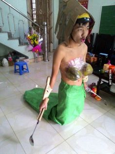 Low budget dota 2 cosplayer( naga siren)