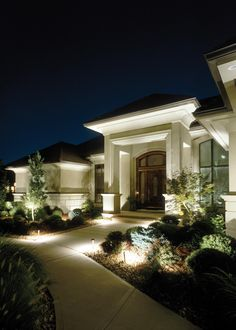 Louis uses LED lighting to achieve stunning results such as these.