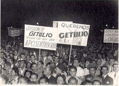 Comício queremista no Largo da Carioca, 1945. Rio de Janeiro (RJ). (CPDOC)