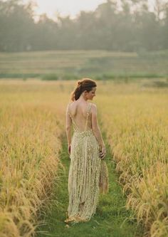 Page 26 - Real Eco Wedding in Bali shot by Jonas Peterson Photography  Dress made from Jasmine flowers