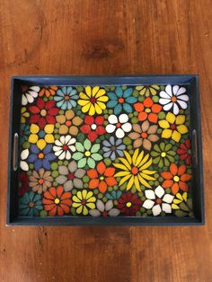 Mosaic Tray, Mosaic Tile Art, Mosaic Glass, Tea Tray, Art Projects, Project Ideas, Decoupage, Coasters, Glass Paint
