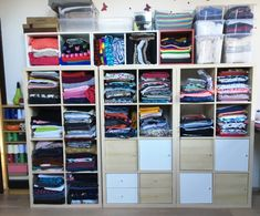 Today I have a shorter inspirational article for you. For a few years, I didn't really know how to store the fabrics, where to store them, how to organize them,… Accordion Fold, Inspirational Articles, Sewing Hacks, Sewing Tips, S Man, Cotton Canvas, Helpful Hints, Free Pattern, Store