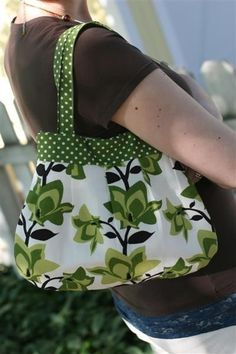 This purse is very similar to one I've made in the past that actually came with a PDF pattern, which of course I cannot find now, since it was BP [before Pinterest ;)] I've been wanting to remake it with home dec weight fabric for a summer outings purse when I don't need to bring everything I own in my standard tote/ purse.