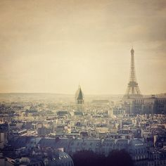 Paris photography - I left my heart in Paris - Eiffel Tower photograph - Cityscape - travel photography