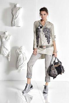 DANIELA DALLAVALLE - #danieladallavalle #collection #fw17 #elisacavaletti #woman #chick #jeans #fashion #details #detailsmatter #tennis #shirt #blackandwhite #purse #frills #lace #belt