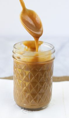 Easy, Dairy-Free Caramel Sauce {Gluten-Free, Paleo} Smooth, rich, and creamy. Perfect for holiday food gifts!