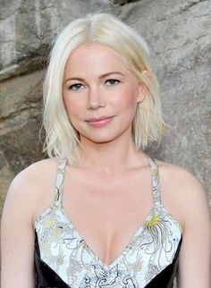 https://daneloo.com/best-blonde-bombshells-hairstyle-2018/