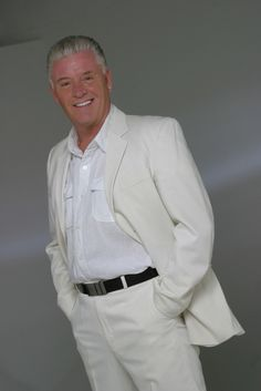 Derek Acorah 2. --> http://MyDivinePsychic.com