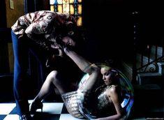 Hollywood Life Magazine(2003) - jeremy-renner Photo