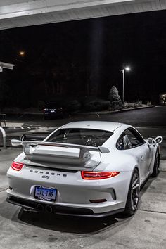 The Porsche 911 is a truly a race car you can drive on the street. It's distinctive Porsche styling is backed up by incredible race car performance. Ferdinand Porsche, Porsche Sports Car, Porsche Cars, Porsche 911 Gt3, Porsche Carrera, Cool Sports Cars, Sport Cars, Super Sport, Supercars