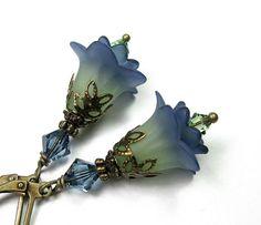 An Etsy treasury by Crystal Willis https://www.etsy.com/treasury/MzAxMzU5OTJ8MjcyNTUxMjM1MA/winter-blues #blue #jewelry #home