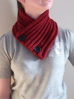 I need a $100 gift card 2 @Billings_Bridge 2 help pay 4 stuff 4 my new apartment! I made this red scarf! #gobillings